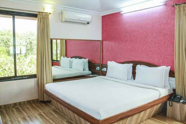 govinda-resorts-deluxe-room