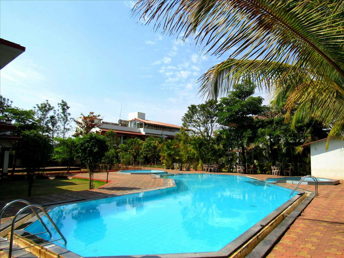 govinda-resorts-swimming-pool-view